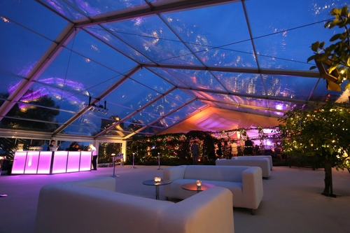 Mobile bar unit under a clear roof marquee