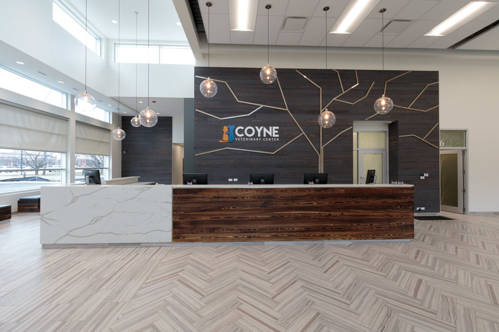 Crown Point - Lobby - _BP_7202.jpg