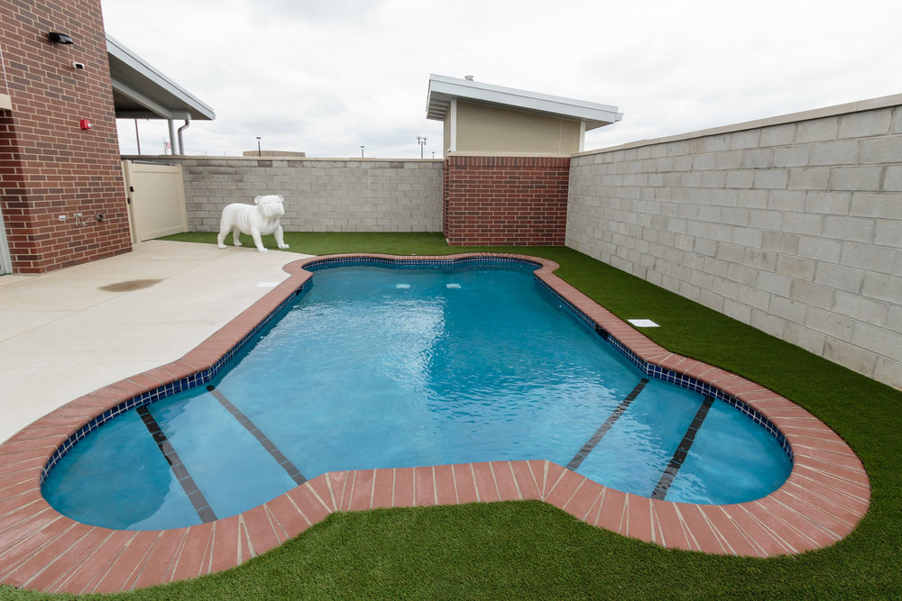 Crown Point - Pool - _BP_7321.jpg