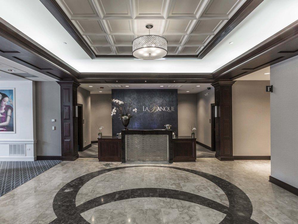 LA BANQUE HOTEL    Homewood, IL