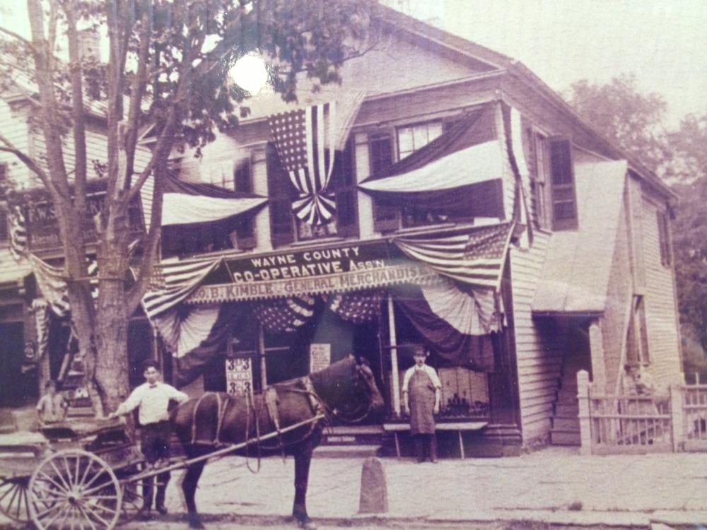 939 Main Street circa 1912