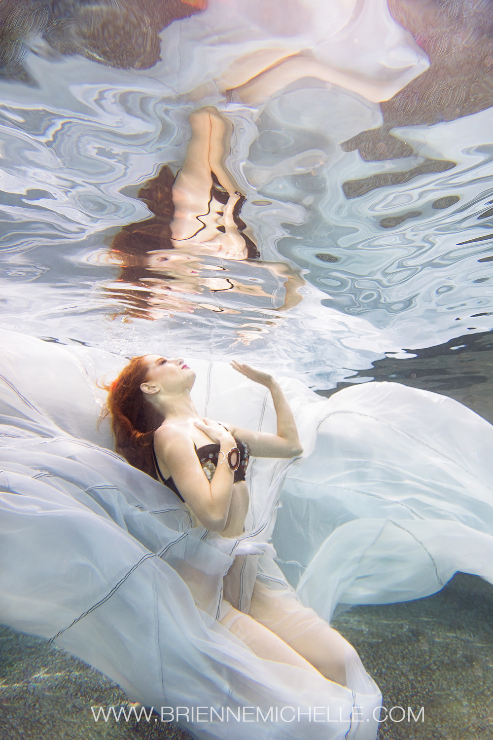 underwater_portraits_mermaid_session_studio_brienne_michelle_3.jpg