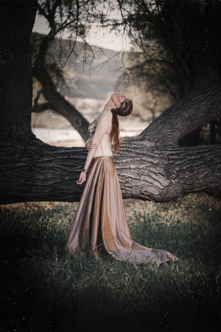 DarkGlam_EDITORIAL_BrienneMichellePhotography_06.JPG