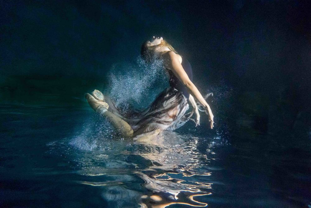 Underwater_Ballerina_MERMAIDSESSION_BrienneMichellePhotography_08.JPG