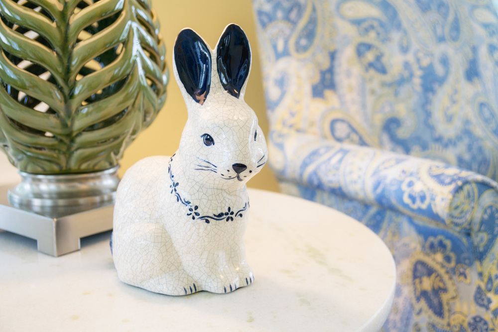 interior design ceramic rabbit statue