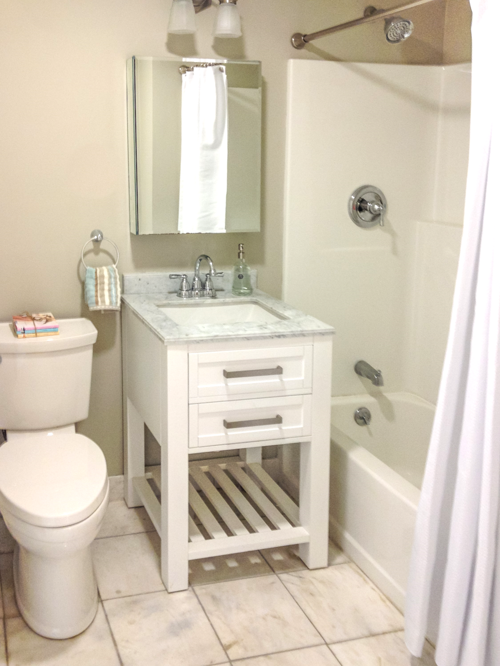 Home Staging Bathroom, Charlestown, MA
