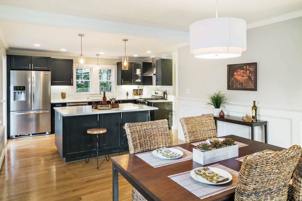 dining room and kitchen home staging