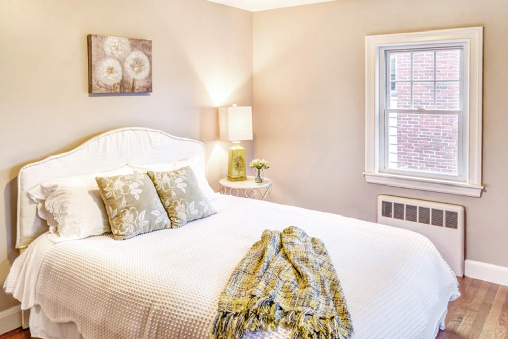 master bedroom design home staging