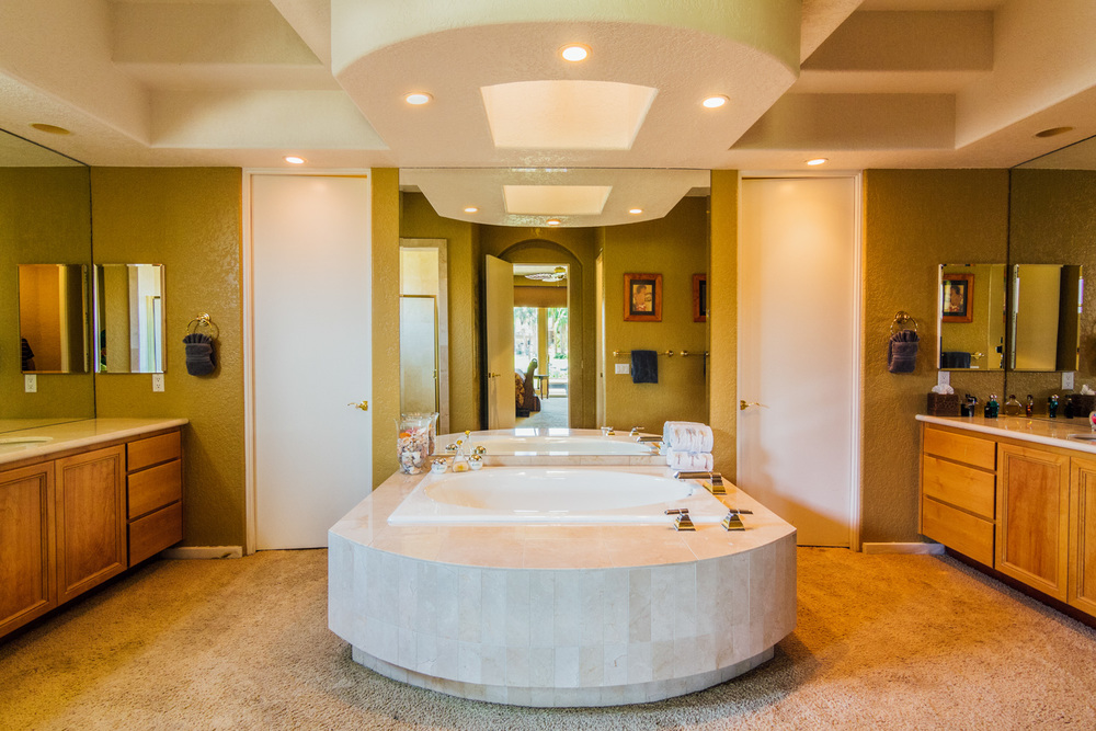 Master-Bathroom-01.jpg