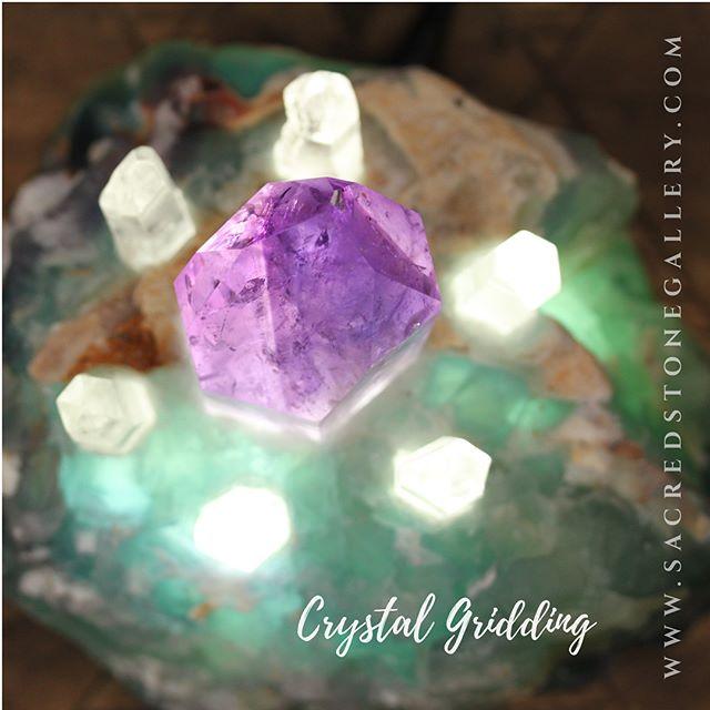 💖Crystal Grid with #amethyst & #laserquartz💖 #sacredstonelegacy #sacredstones #crystalgrid #crystalgridding  #crystal #crystals #magick #crystalofig #crystalshop #losangeles #redondobeach #rivieravillage #crystalhealing #healingstones