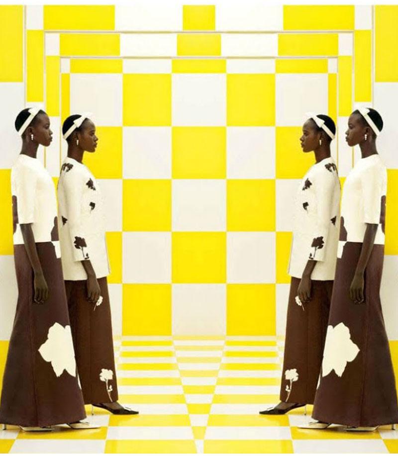 Ajak-Deng-et-Nyhor-Paul-por-Louis-Vuitton-Spring-2013-Ad-Campaign-by-Steven-Meisel.jpg