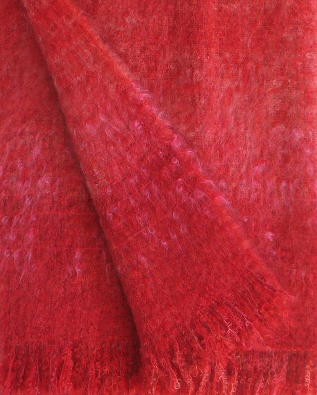 "Kapow!!!❤️🧡❤️ ""Hot Wired"" is a one-of-a-kind mohair throw by @wheweavers. Available online or at @ooak_toronto #ooak18 #wheweavers #mohairthrow #madeincanada #canadianmade #handwoven #handdyed"