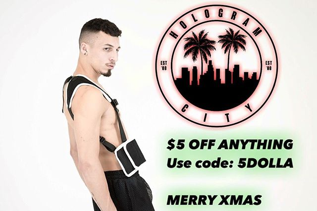 MERRY XMAS 🎅🏽☃️❄️ #HOLOGRAMCITIZEN s Get $5 off any order  Use code: 5DOLLA  HOLOGRAMCITY.net💻