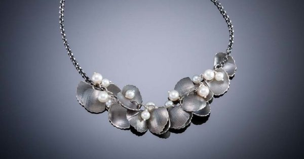 13-askew.necklace-600x315.jpg