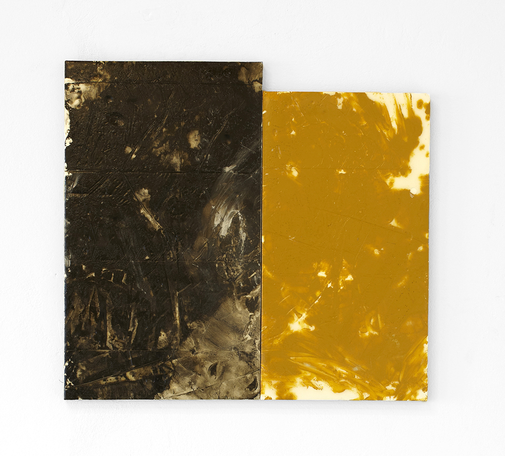 John Roebas: Half-cooked actor / Excuse for a scene, 2014, enamel, lens tint, oil, rubber & urethane resin on linen, 67x57 cm.