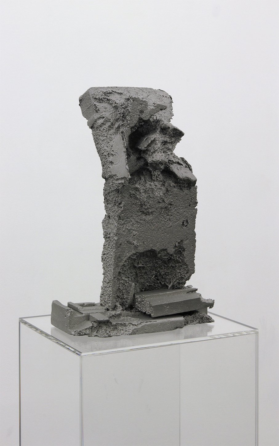 3_Theis Wendt_Ambient Reef # 1_aluminium cast and plexiglas plinth_132x36x42cm_2015.jpg