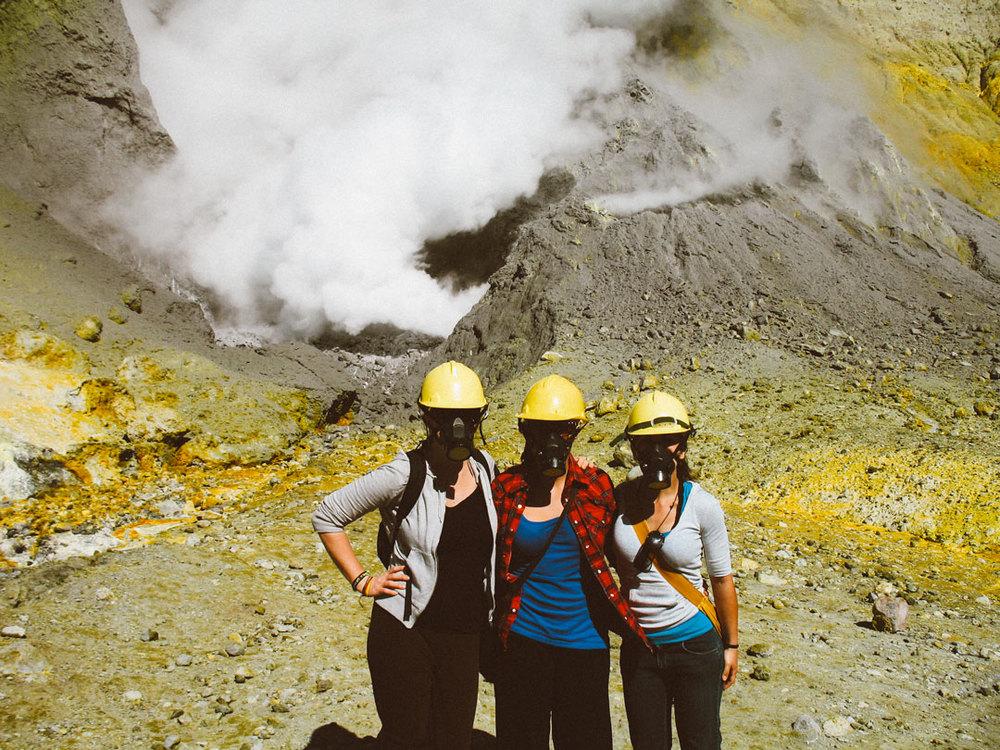 Tips på saker att göra på Nya Zeeland norra ö; besök den aktiva vulkanen White island.