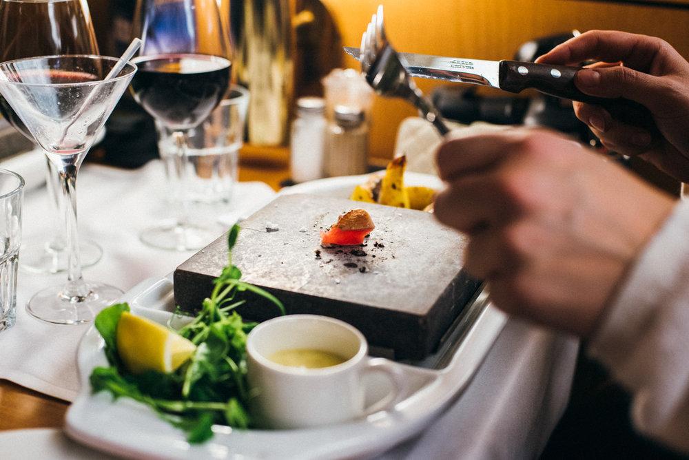Middag och drinkar påPiazza a la carte, M/S Victoria kryssning till Tallinn
