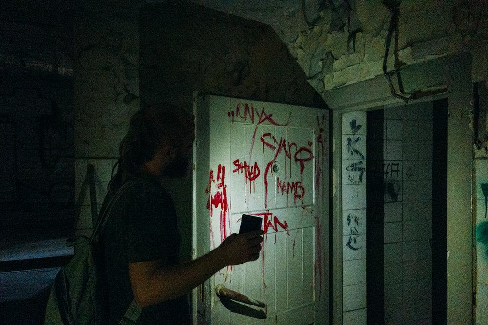 kliva in i en skräckfilm i övergivet hus i Berlin