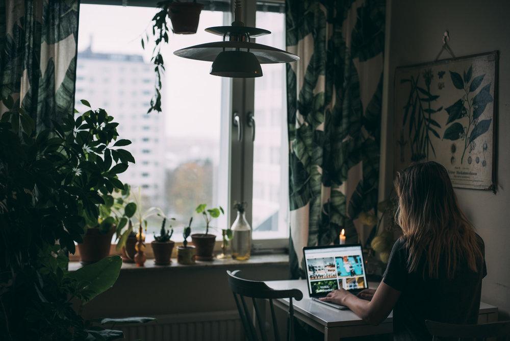kontor hemma inreda med växter fotograf stockholm