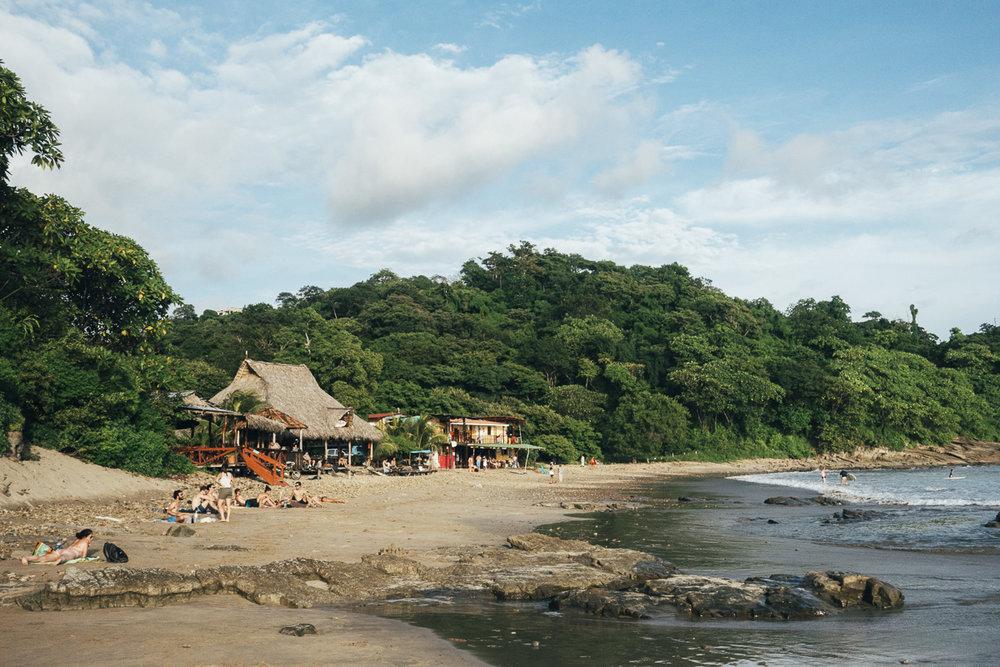 Hostel los tres hermanos på Playa Maderas i Nicaragua