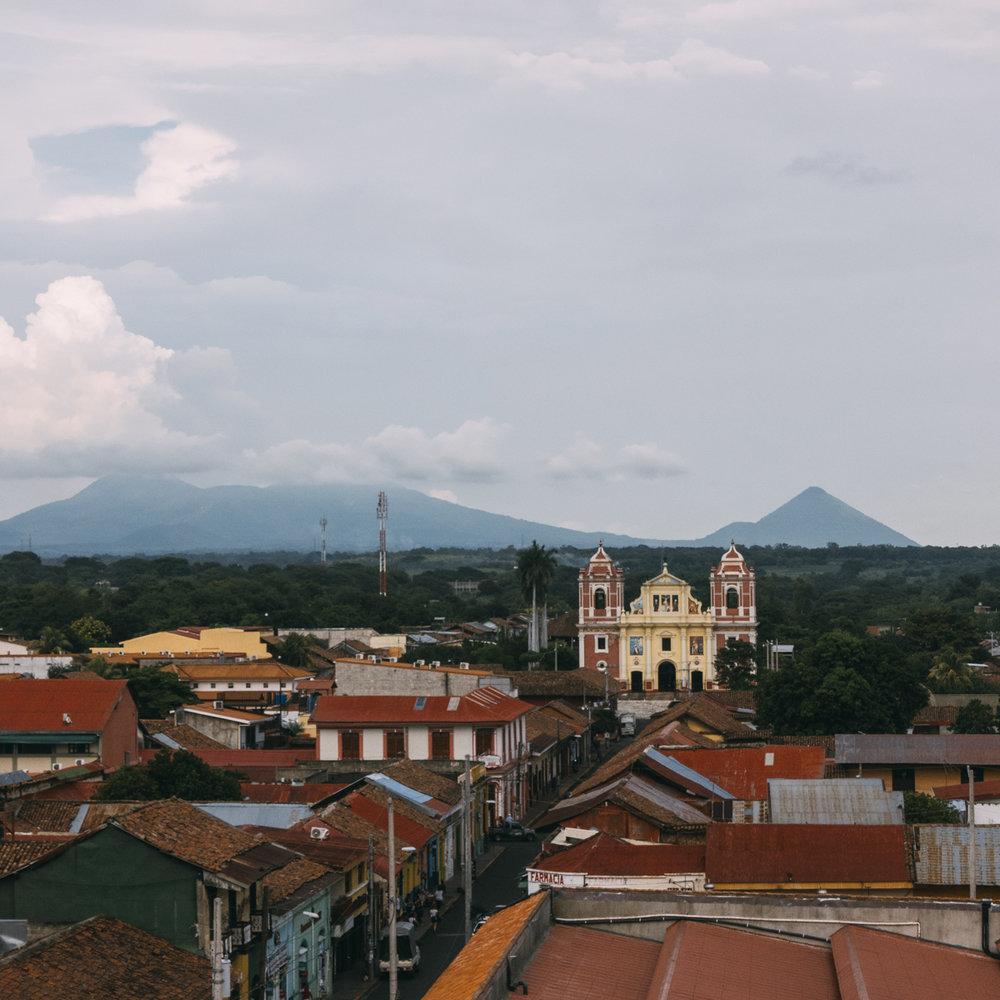 Utsikt från katedralen i Leon Nicaragua