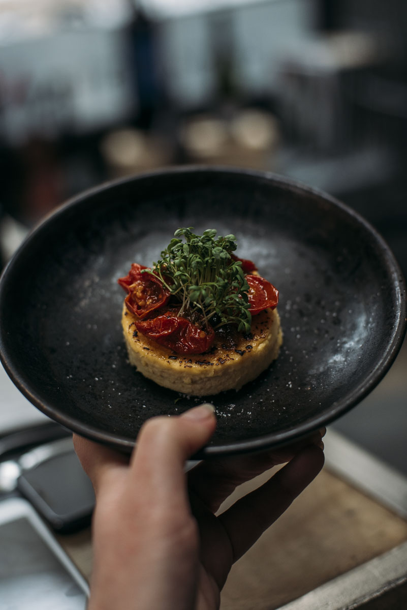 ergs-Bazaar-Garage-restaurant-riga3.JPG