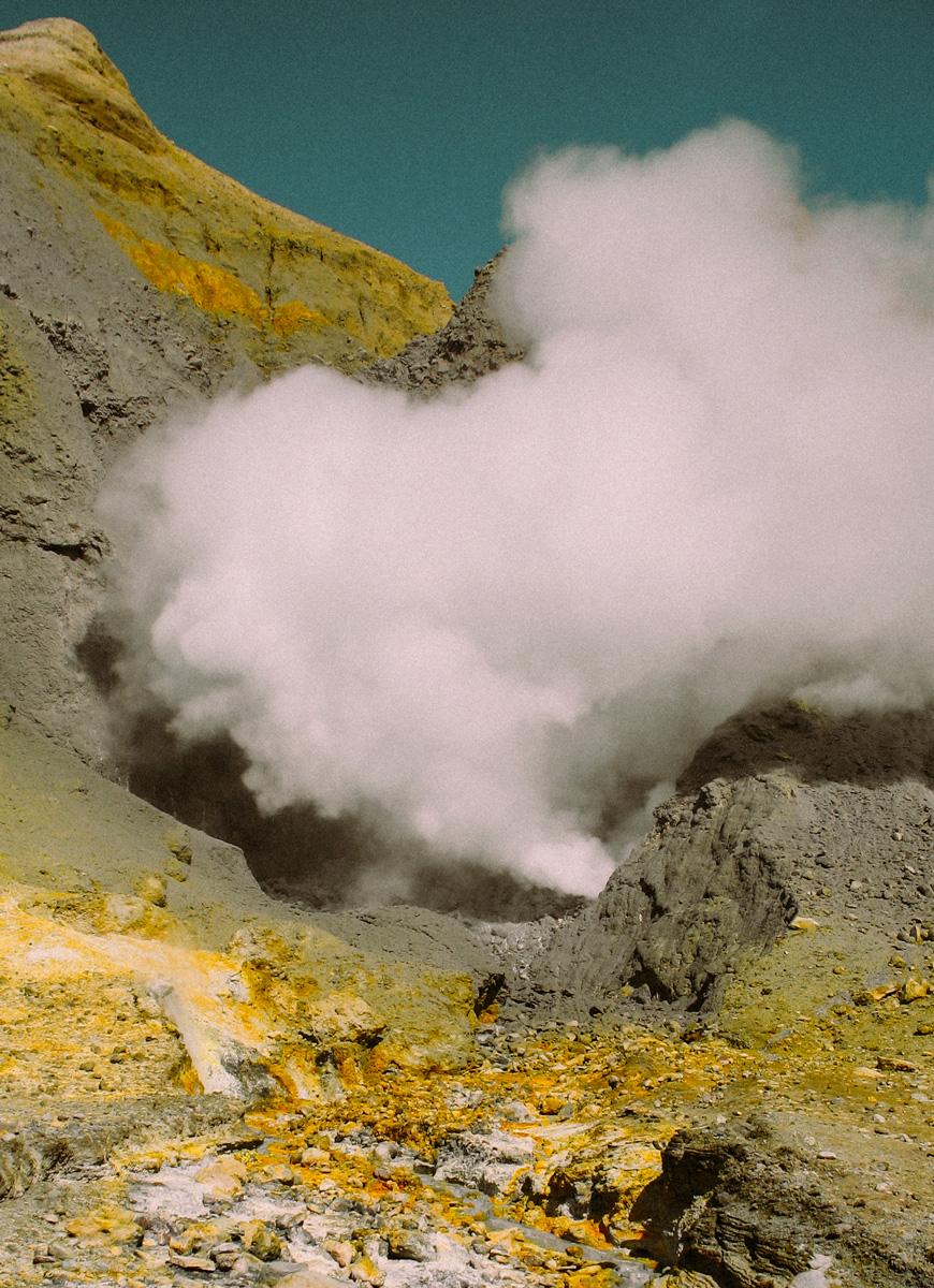 Tips på saker att göra på Nya Zeeland norra ö, besök den aktiva vulkanen White island.