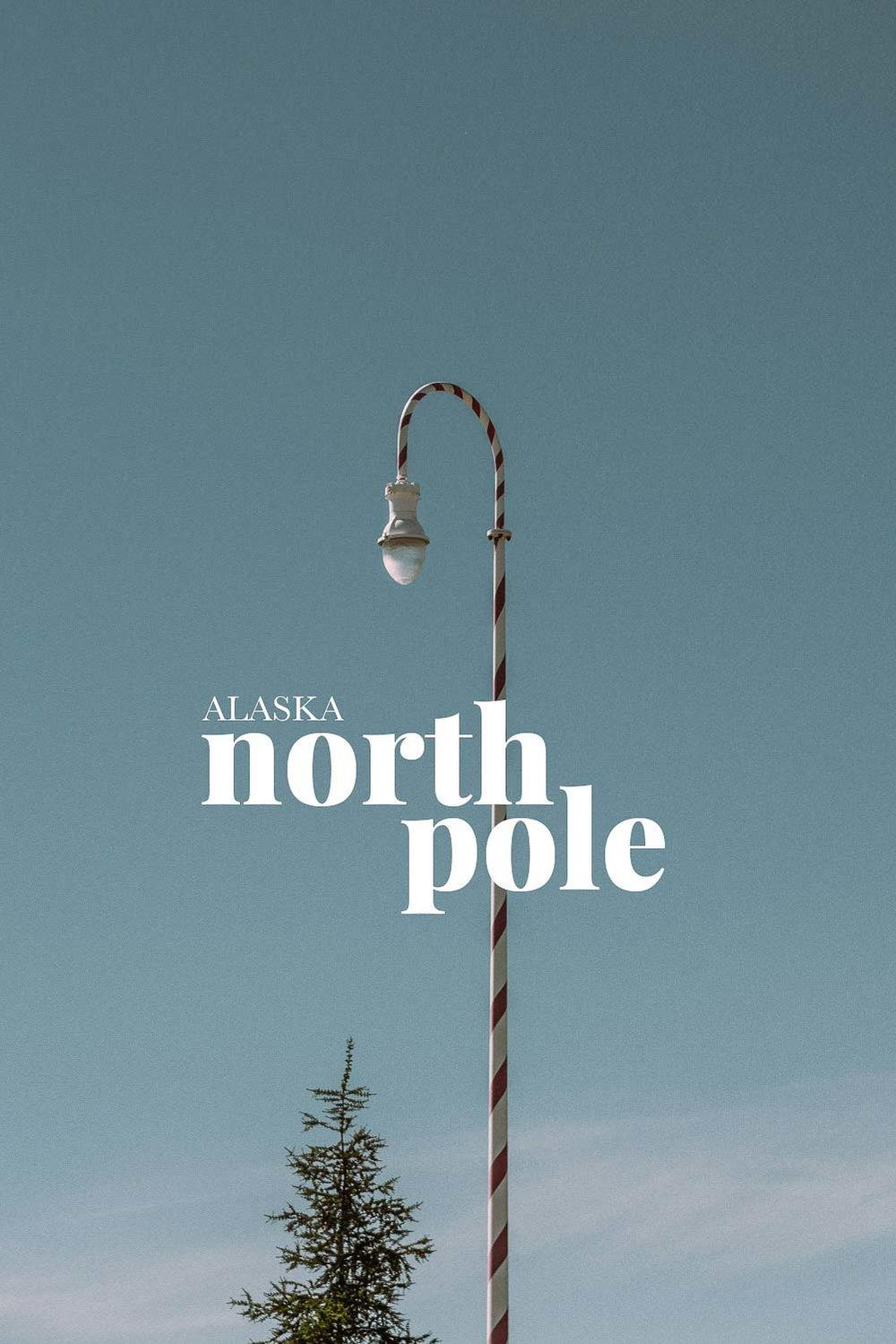 Jultomten bor i North Pole Alaska och inte i Nordpolen enligt den här staden, här är det jul året runt