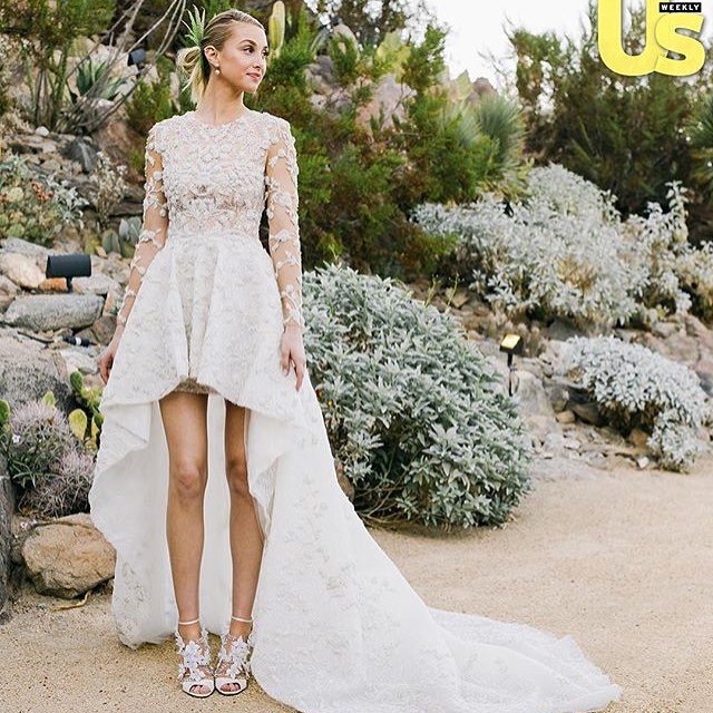 So honored to have been part of @whitneyeveport's special day! Stay tuned for more pictures of the floral arrangements we created for the big day! Photo by: @usweekly #whitneyport #bride #bridal #floraldesign #flowers #weddingplanner #wedding #peoplescreative #visualgang #liveauthentic #livethelittlethings