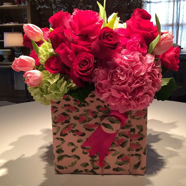 #happyvalentinesday to Demi! We have more of these fabulous boxes.  Order now before we run out!  #florist #fabric #handmade #beverlyhills #flowers #floral #floraldesign #roses #redroses #pinkroses
