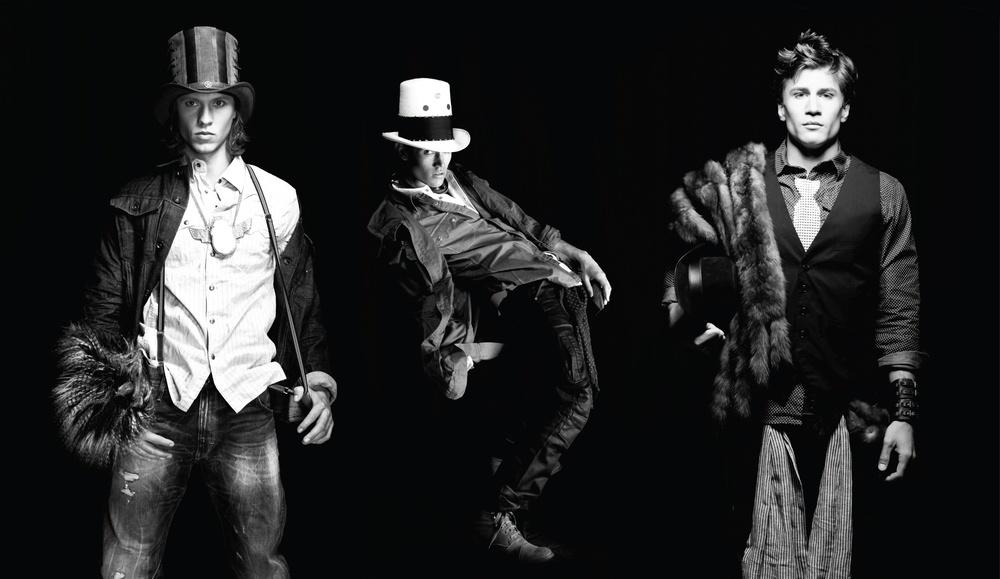 cappelli boys in hats.JPG
