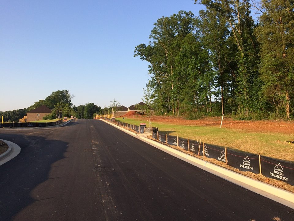 """Silt Fencing   Toccoa installs a wide variety of Silt Fencing to meet your special needs.  Commercial Silt Fence (CSF): 36"""" x 100' woven geotextile fabric with 6' centers and 1 1/2"""" x 4' Hardwood Stakes.  Wireback Silt Fence: 36"""" x 100' woven geotextile fabric with wire backing and 5' metal T-posts spaced 5' apart.  Class A Silt Fence: 5' steel T post, 39""""supporting wire, 48""""non-woven geotextile fabric, clips and rings for fastening."""