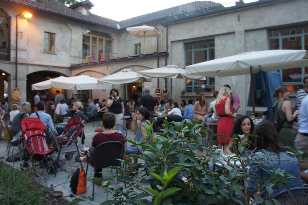 Un Posto a Milano, Via Cuccagna
