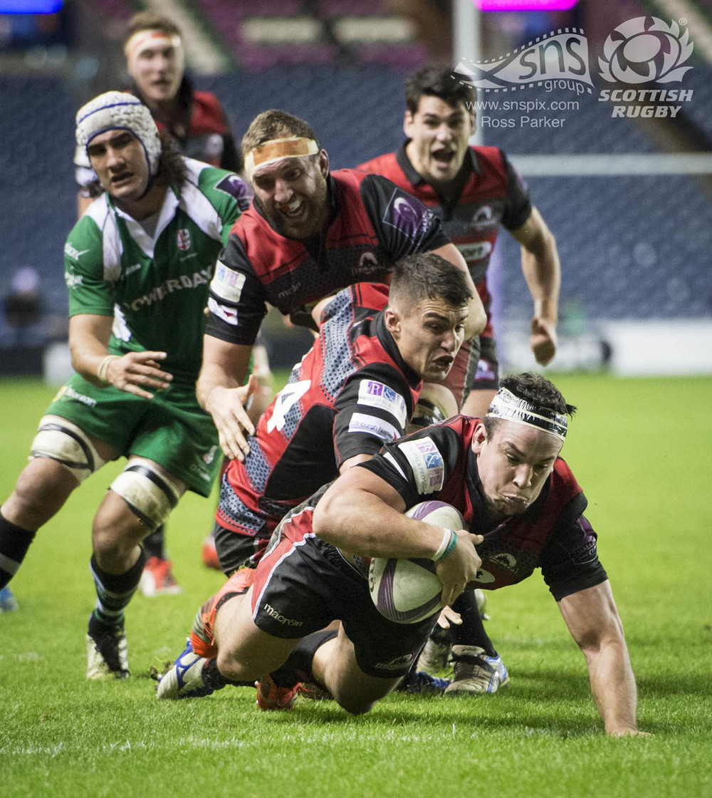 John Hardie of Edinburgh Rugby scores a late try against Treviso at BT Murrayfield.
