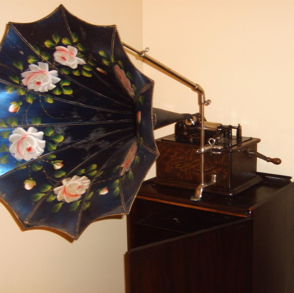 Edison Standard Cylinder Phonograph