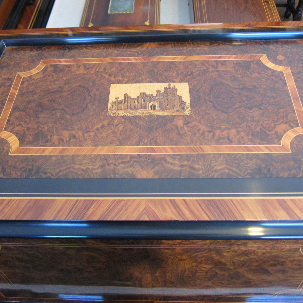 Oiseau Chantant Singing Bird Music Box