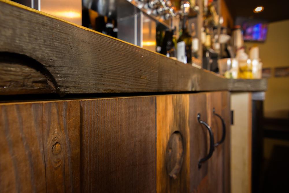 bar corner detail.jpg