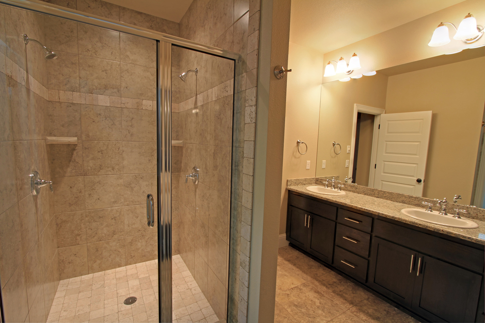 H1 Master Bath_7108.jpg