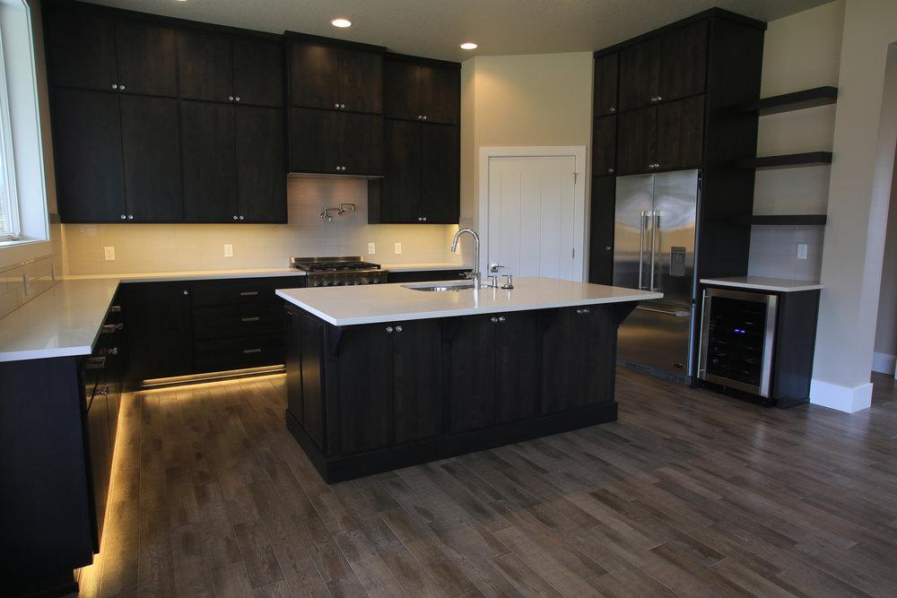 Kitchen 3255.jpg