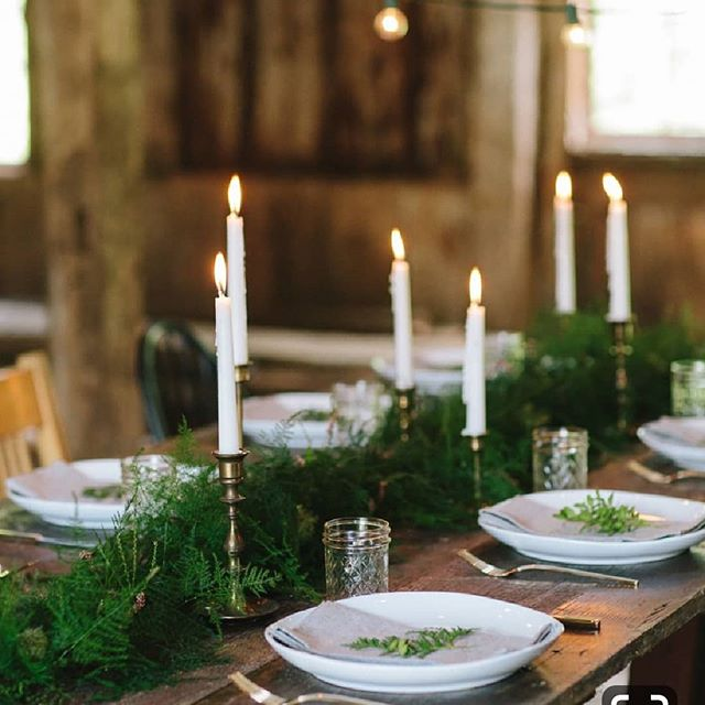 Tip of the day: Can't afford a lush green garland? Make one by layering foliage on top of each other in one direction. We love using non-traditional greens like the ferns in this image.  Photo via roadsidesunflower.tumblr.com ⠀⠀⠀⠀⠀⠀⠀⠀⠀ ⠀⠀⠀⠀⠀⠀⠀⠀⠀ #cctipoftheday #chairsandcups #color #tablescapes #decor #sfmade #artisanal #rentals #bayarea #bayareaevents
