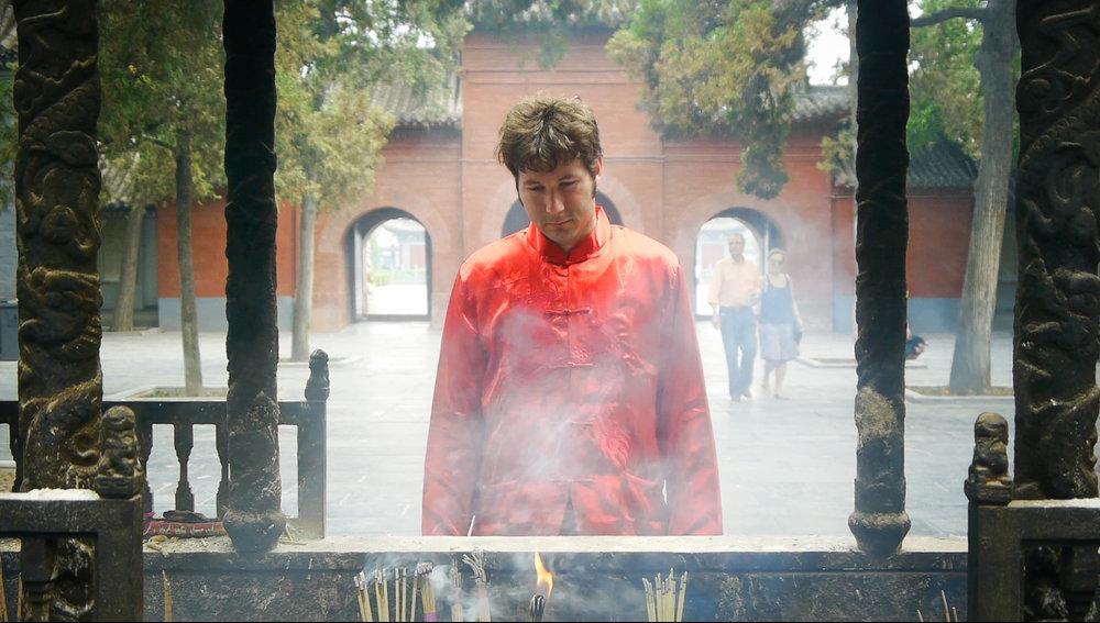 Kung Fu Elliot frame grab 06.jpg