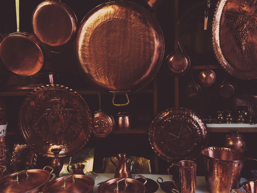 Copper shop in Vicenza | Freckle & Fair