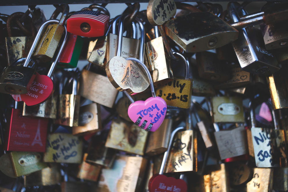 The lock bridge in Paris | Freckle & Fair