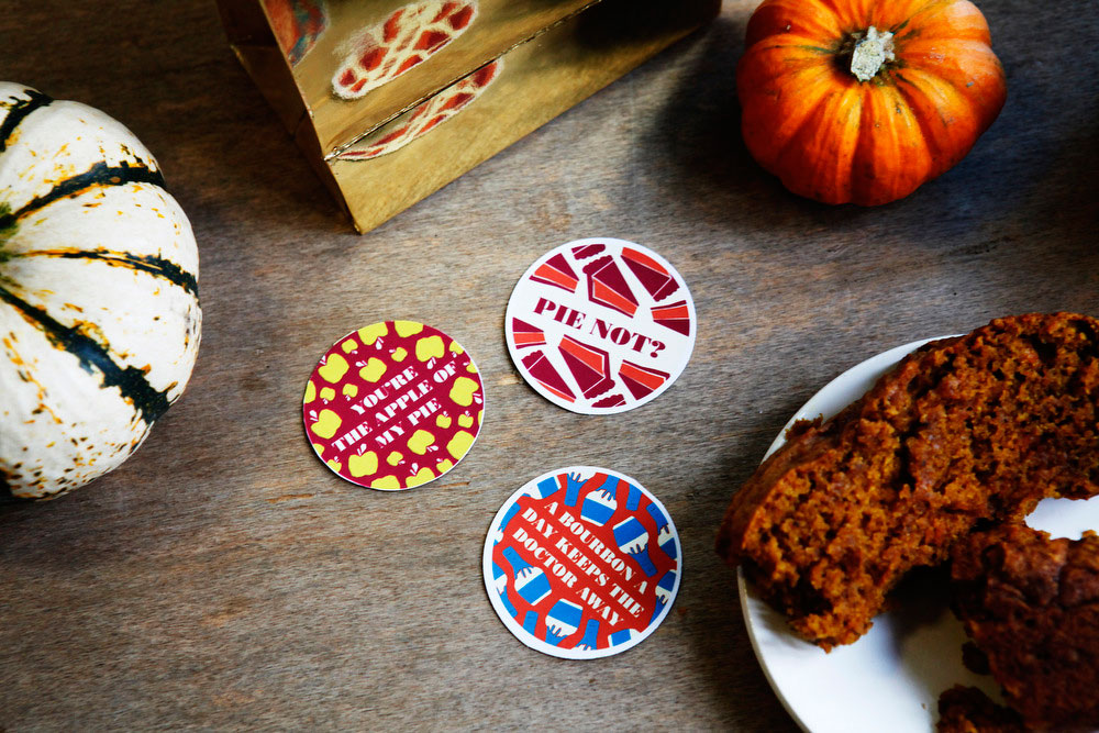 Free printable Thanksgiving leftover labels | freckleandfair.com