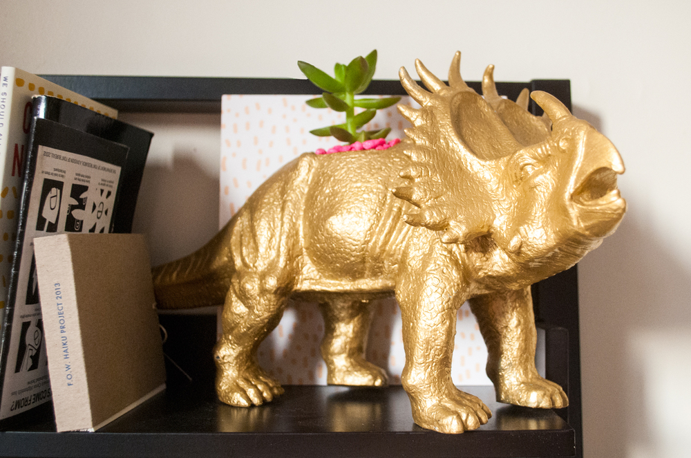 DIY pastel, gold & neon animal planters | freckleandfair.com