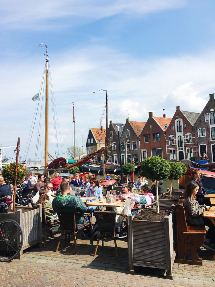 Small seaside towns in the Netherlands — Monnickendam | freckleandfair.com