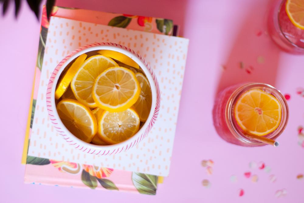 Sparkling hibiscus lemonade | freckleandfair.com
