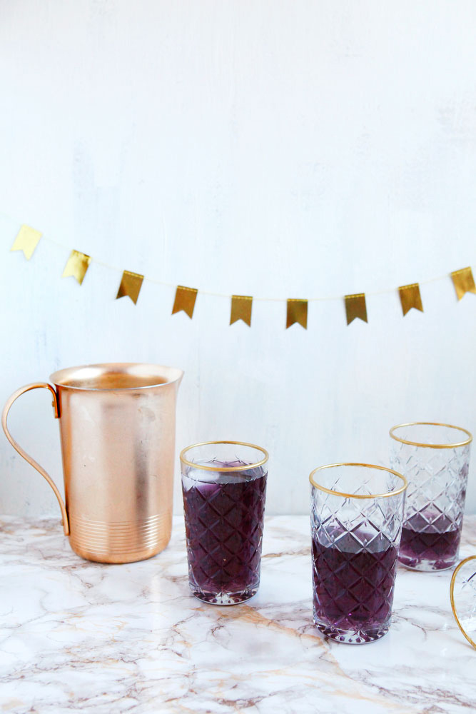 DIY gold-rimmed glasses | freckleandfair.com