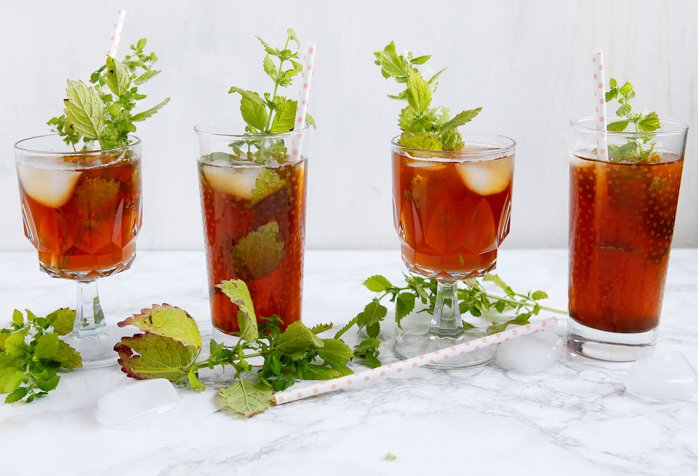Iced Moroccan mint tea | freckleandfair.com